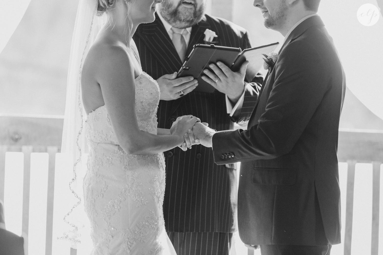 Rivercrest-Farm-Ohio-Wedding-Photography_4068.jpg