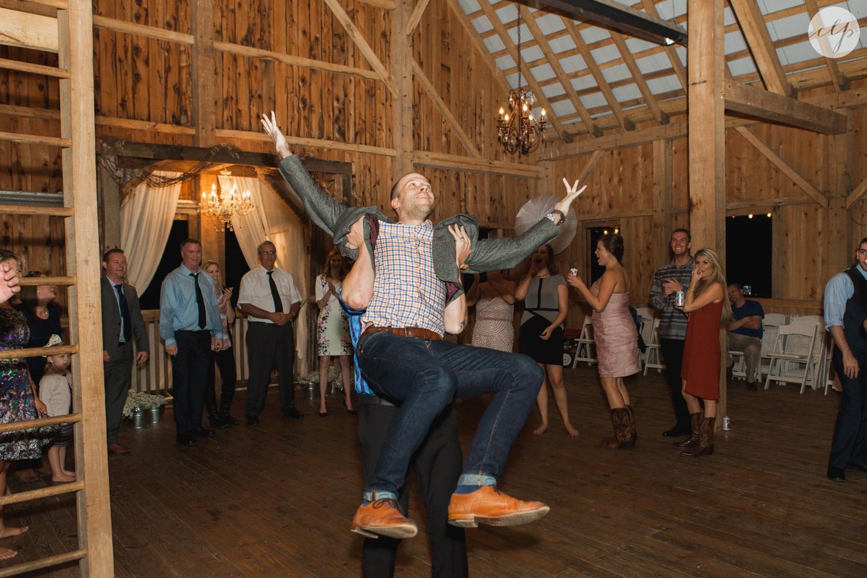 Rivercrest-Farm-Ohio-Wedding-Photography_4101.jpg