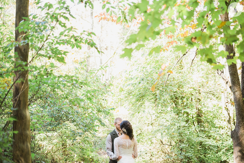 Outdoor-Wedding-in-the-Woods-Photography_4205.jpg