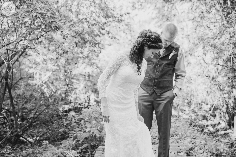 Outdoor-Wedding-in-the-Woods-Photography_4208.jpg