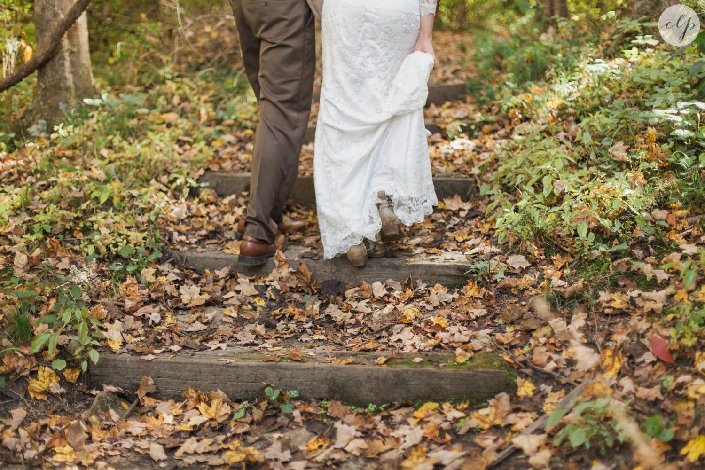 Outdoor-Wedding-in-the-Woods-Photography_4217.jpg