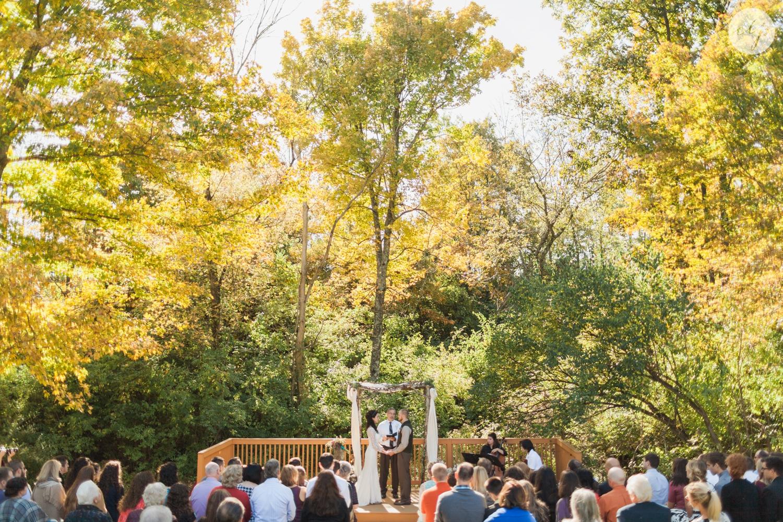 Outdoor-Wedding-in-the-Woods-Photography_4253.jpg