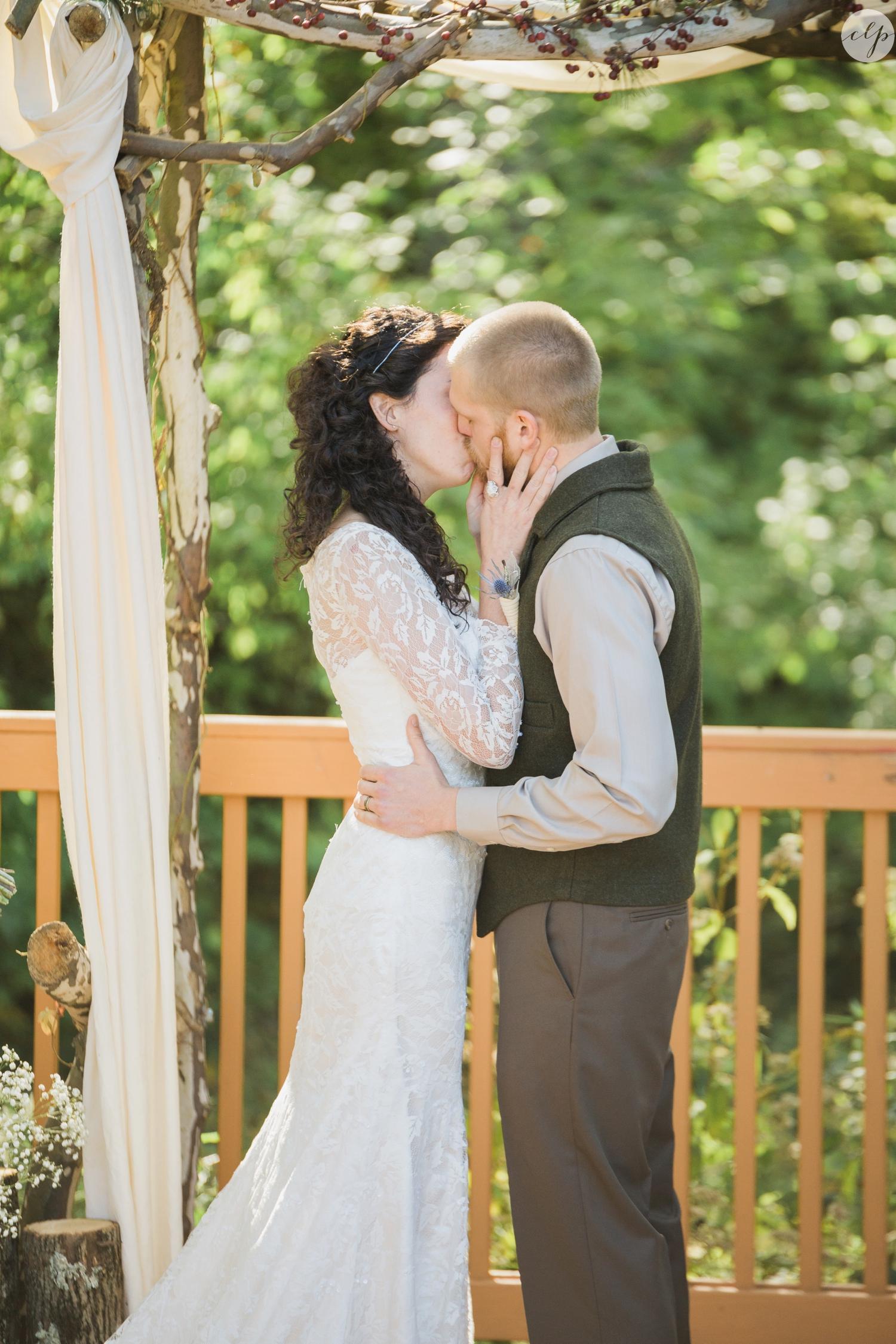 Outdoor-Wedding-in-the-Woods-Photography_4256.jpg