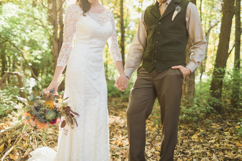 Outdoor-Wedding-in-the-Woods-Photography_4271.jpg