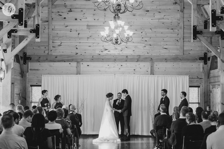 winter-barn-wedding-canopy-creek-farm-ohio_5372.jpg