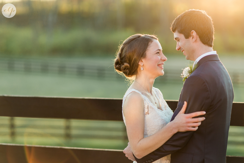 winter-barn-wedding-canopy-creek-farm-ohio_5383.jpg