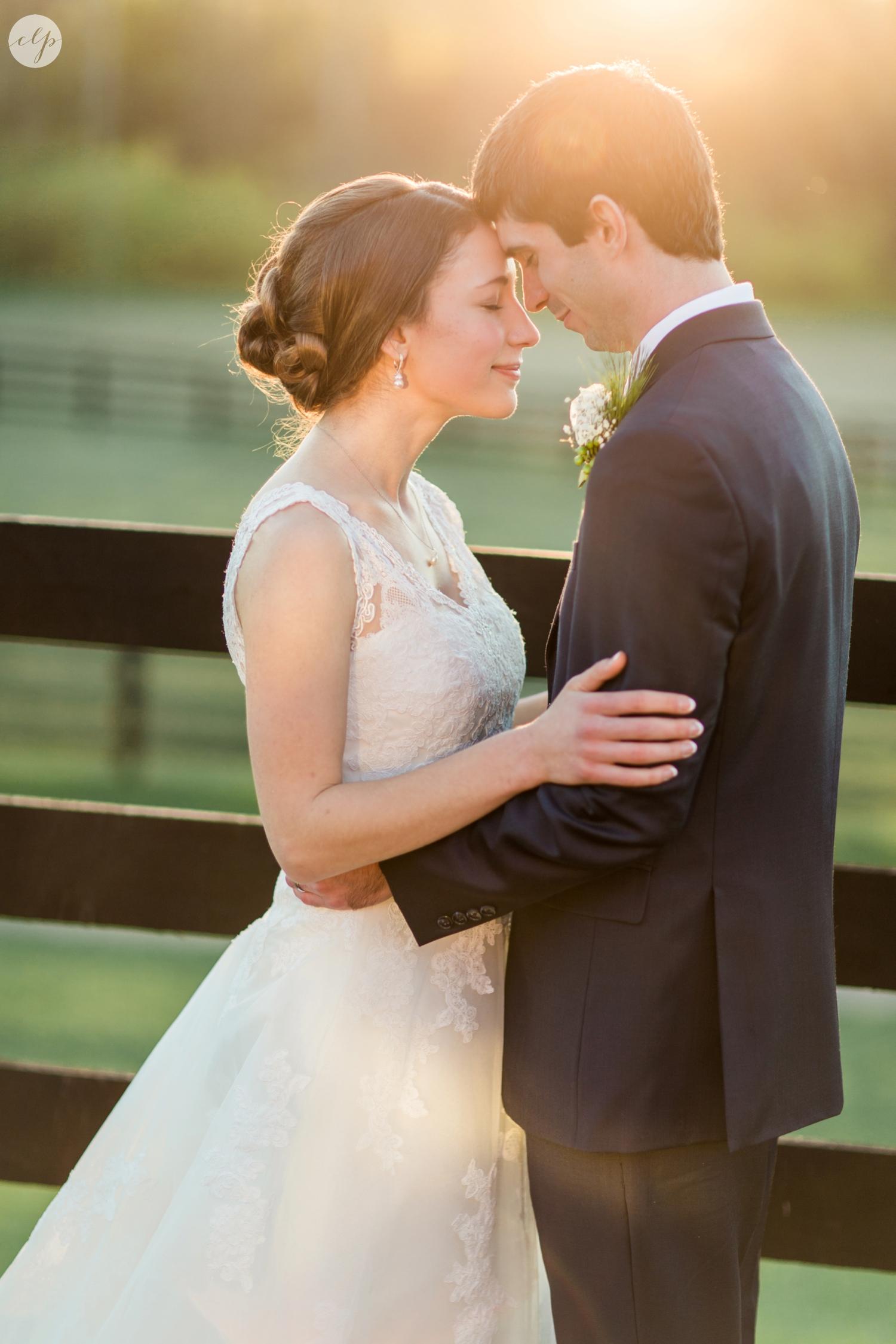 winter-barn-wedding-canopy-creek-farm-ohio_5387.jpg