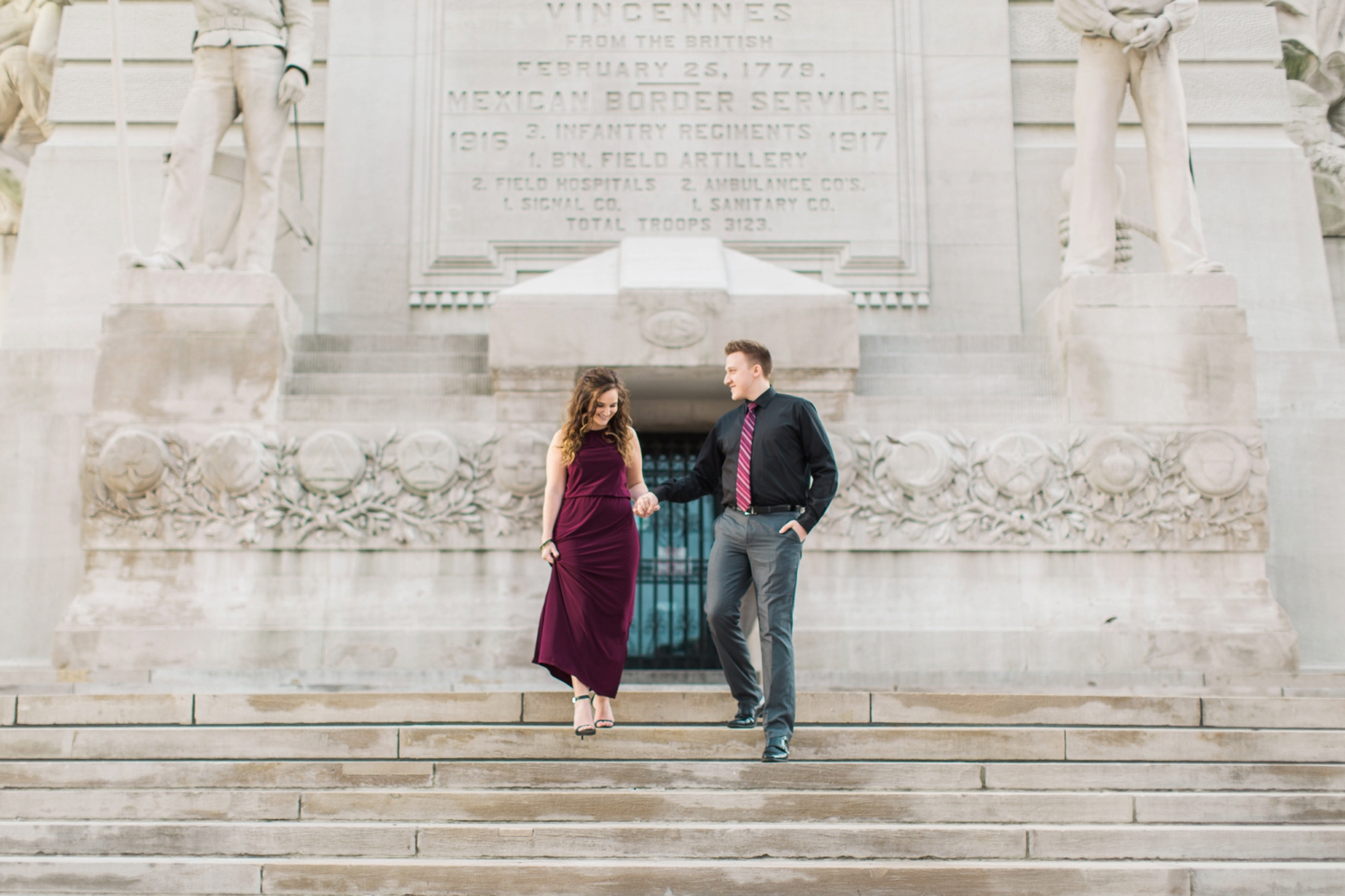 downtown-indianapolis-engagement-shoot_5967.jpg