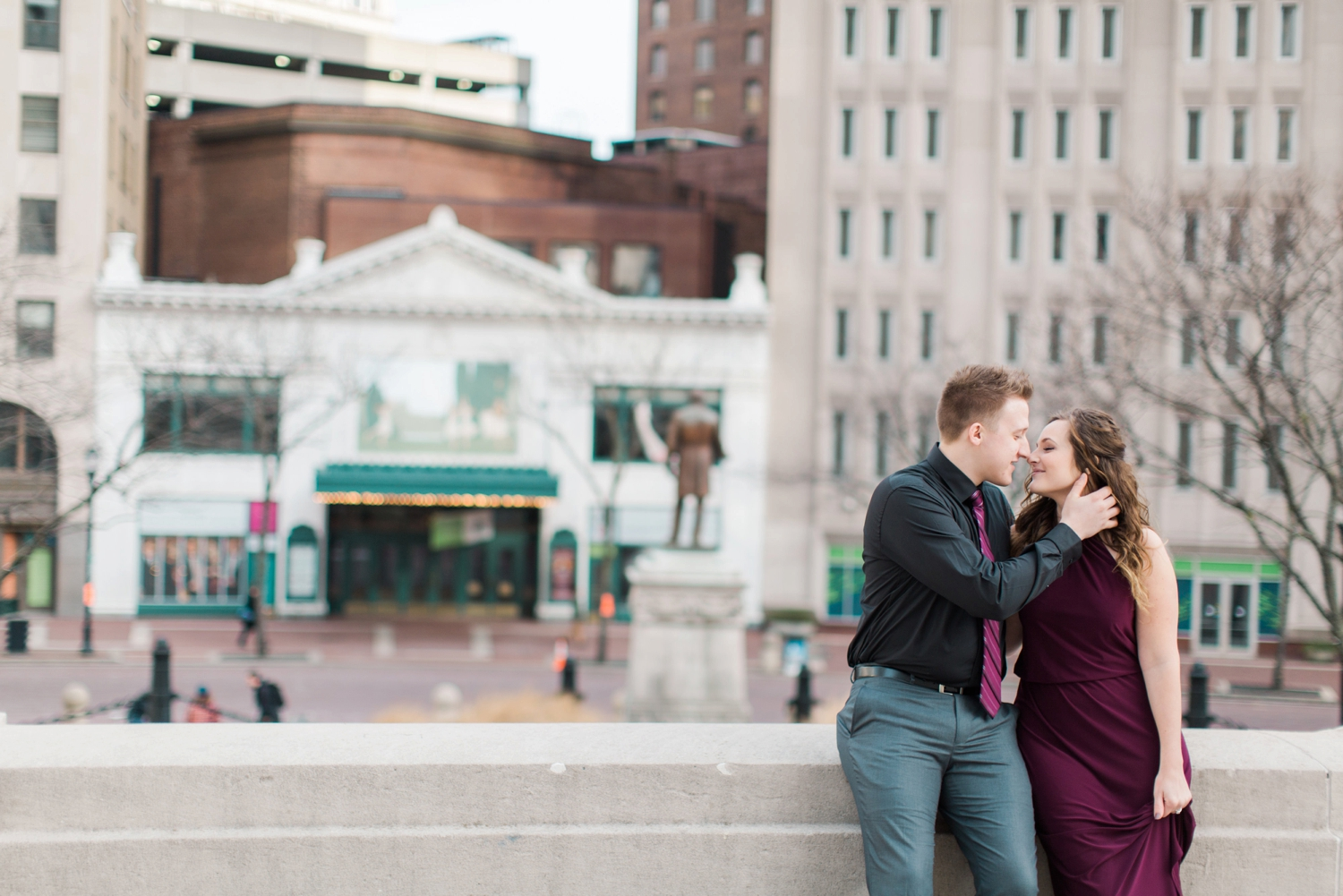 downtown-indianapolis-engagement-shoot_5971.jpg