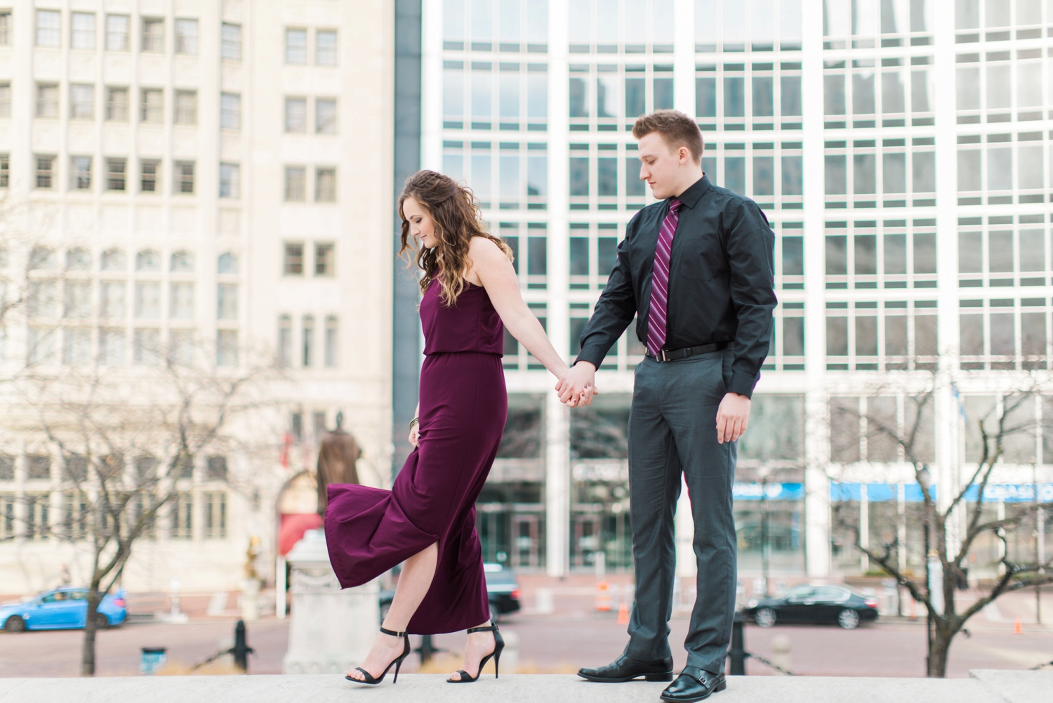 downtown-indianapolis-engagement-shoot_5978.jpg