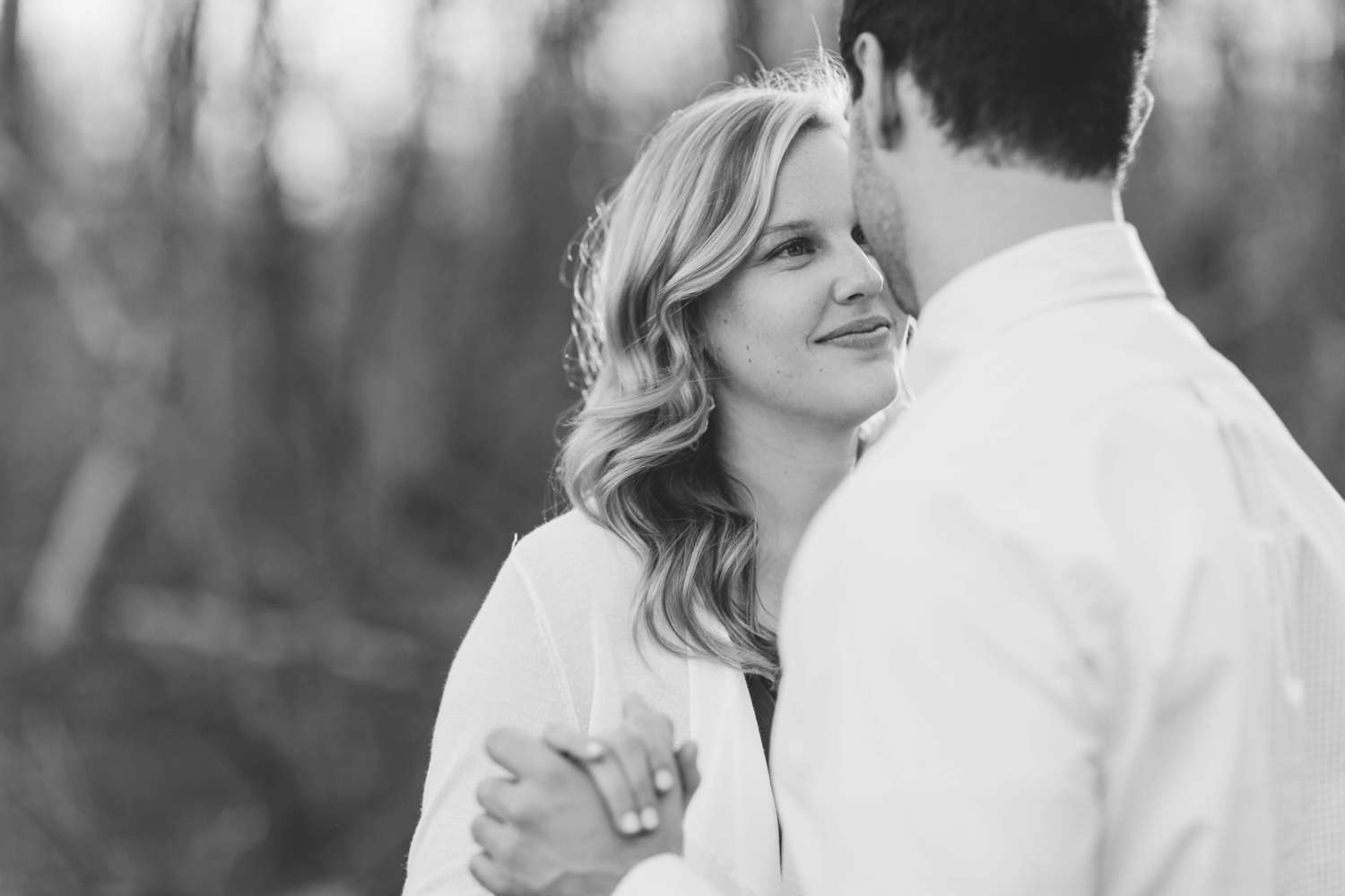 indianapolis_wedding_photographer_golden_hour_engagement_chloe_luka_photography_6127.jpg