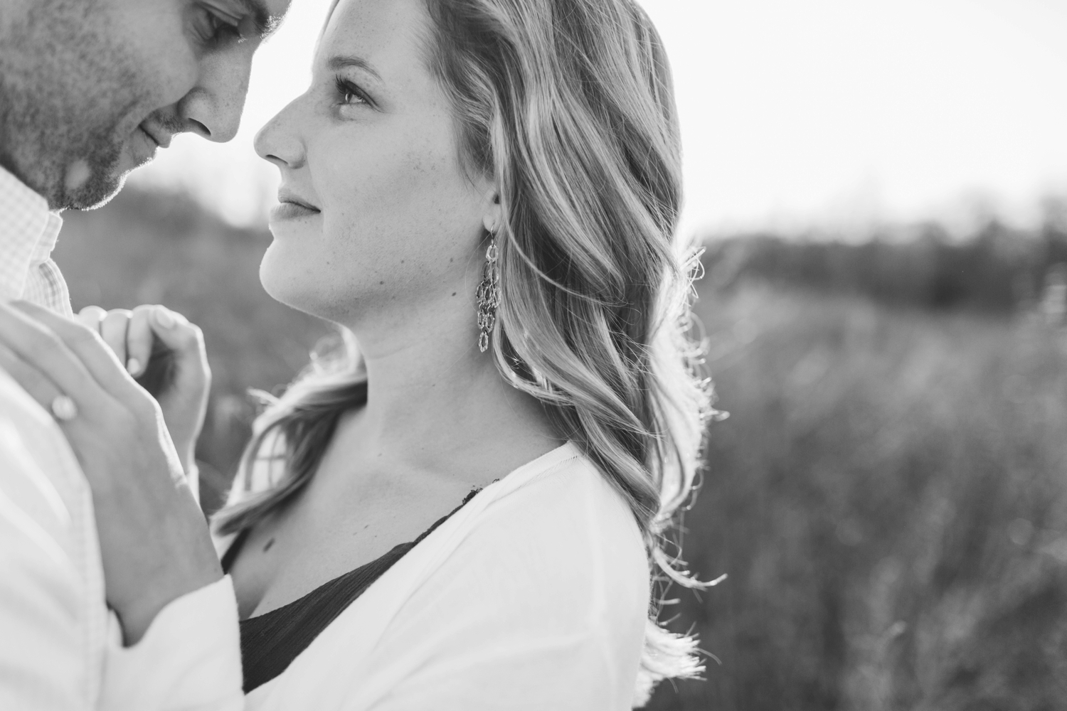 indianapolis_wedding_photographer_golden_hour_engagement_chloe_luka_photography_6129.jpg
