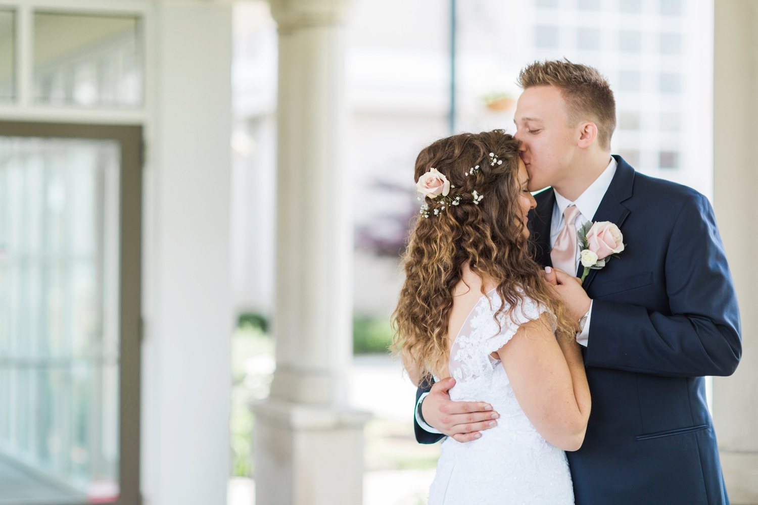 Community_Life_Center_Indianapolis_Indiana_Wedding_Photographer_Chloe_Luka_Photography_6868.jpg