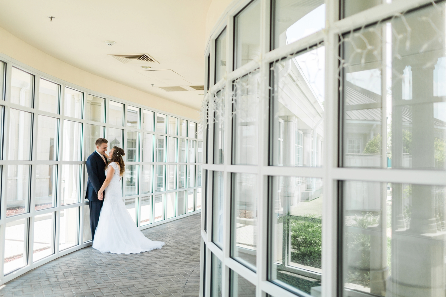 Community_Life_Center_Indianapolis_Indiana_Wedding_Photographer_Chloe_Luka_Photography_6889.jpg