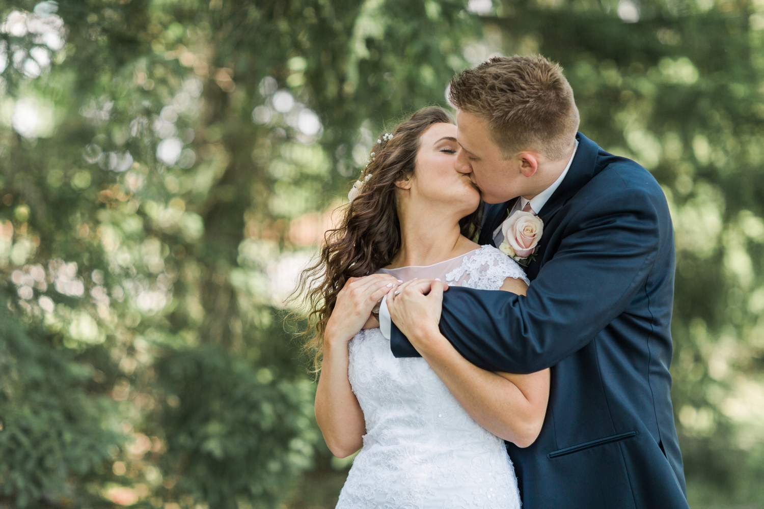Community_Life_Center_Indianapolis_Indiana_Wedding_Photographer_Chloe_Luka_Photography_6908.jpg