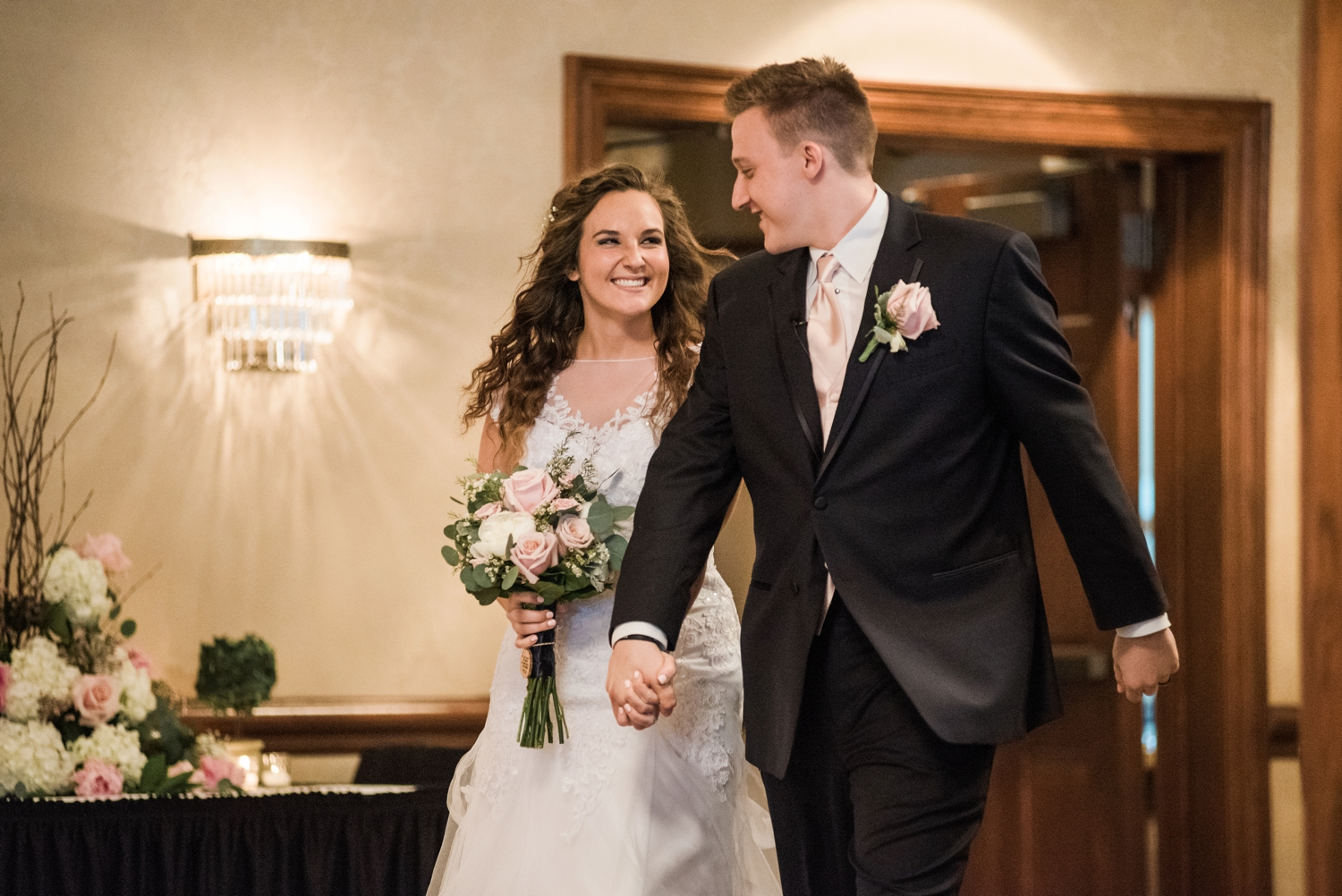 Community_Life_Center_Indianapolis_Indiana_Wedding_Photographer_Chloe_Luka_Photography_6981.jpg