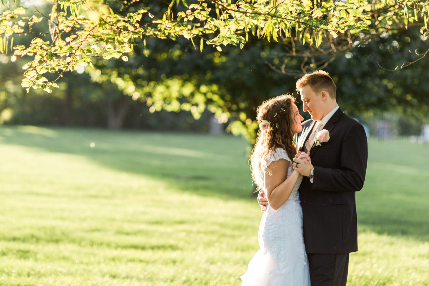 Community_Life_Center_Indianapolis_Indiana_Wedding_Photographer_Chloe_Luka_Photography_6994.jpg