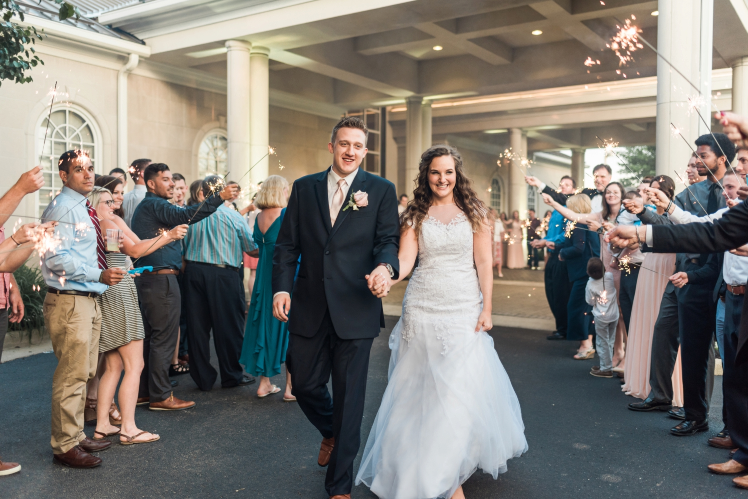 Community_Life_Center_Indianapolis_Indiana_Wedding_Photographer_Chloe_Luka_Photography_7001.jpg