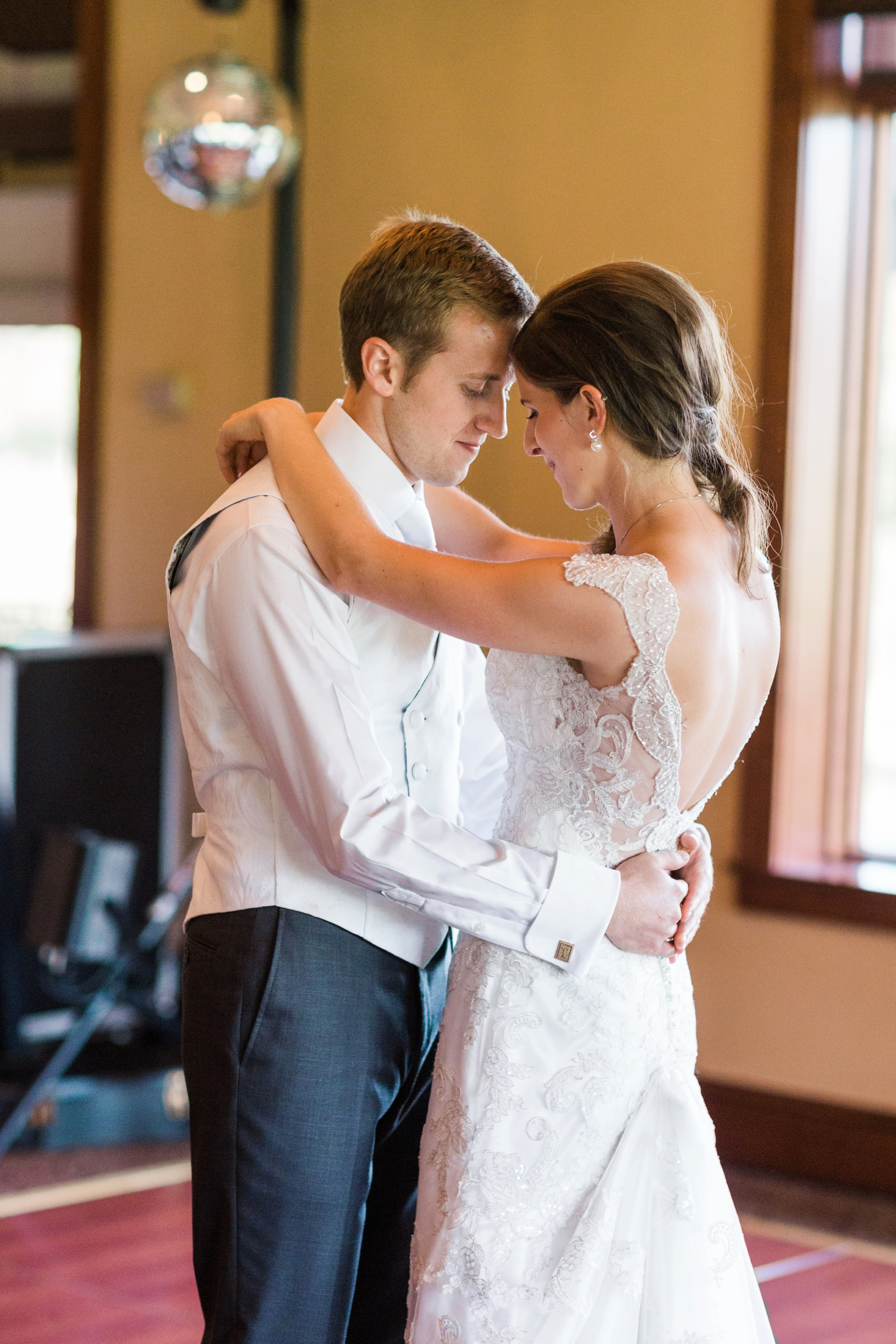 NCR_Country_Club_Kettering_Ohio_Wedding_Photography_Chloe_Luka_Photography_7201.jpg