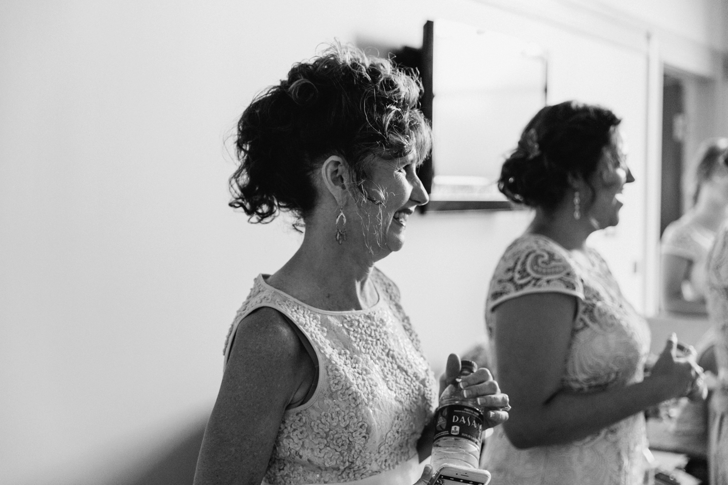 Wedding-at-The-Savannah-Center-West-Chester-Ohio-Photography-Chloe-Luka-Photography_7367.jpg