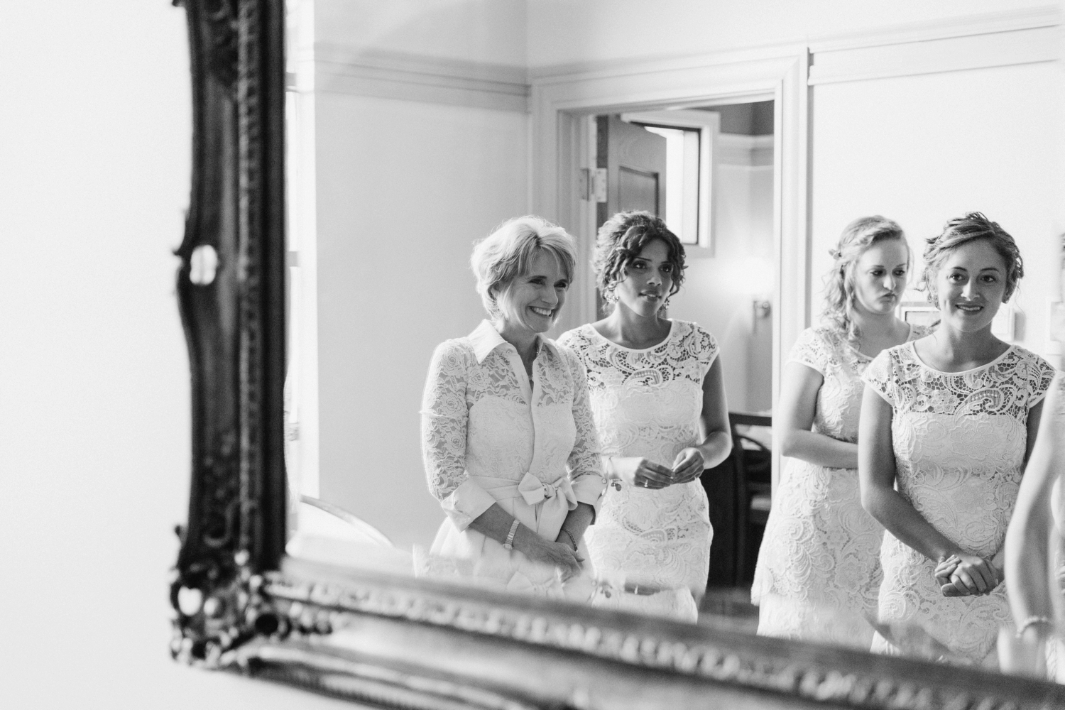 Wedding-at-The-Savannah-Center-West-Chester-Ohio-Photography-Chloe-Luka-Photography_7369.jpg