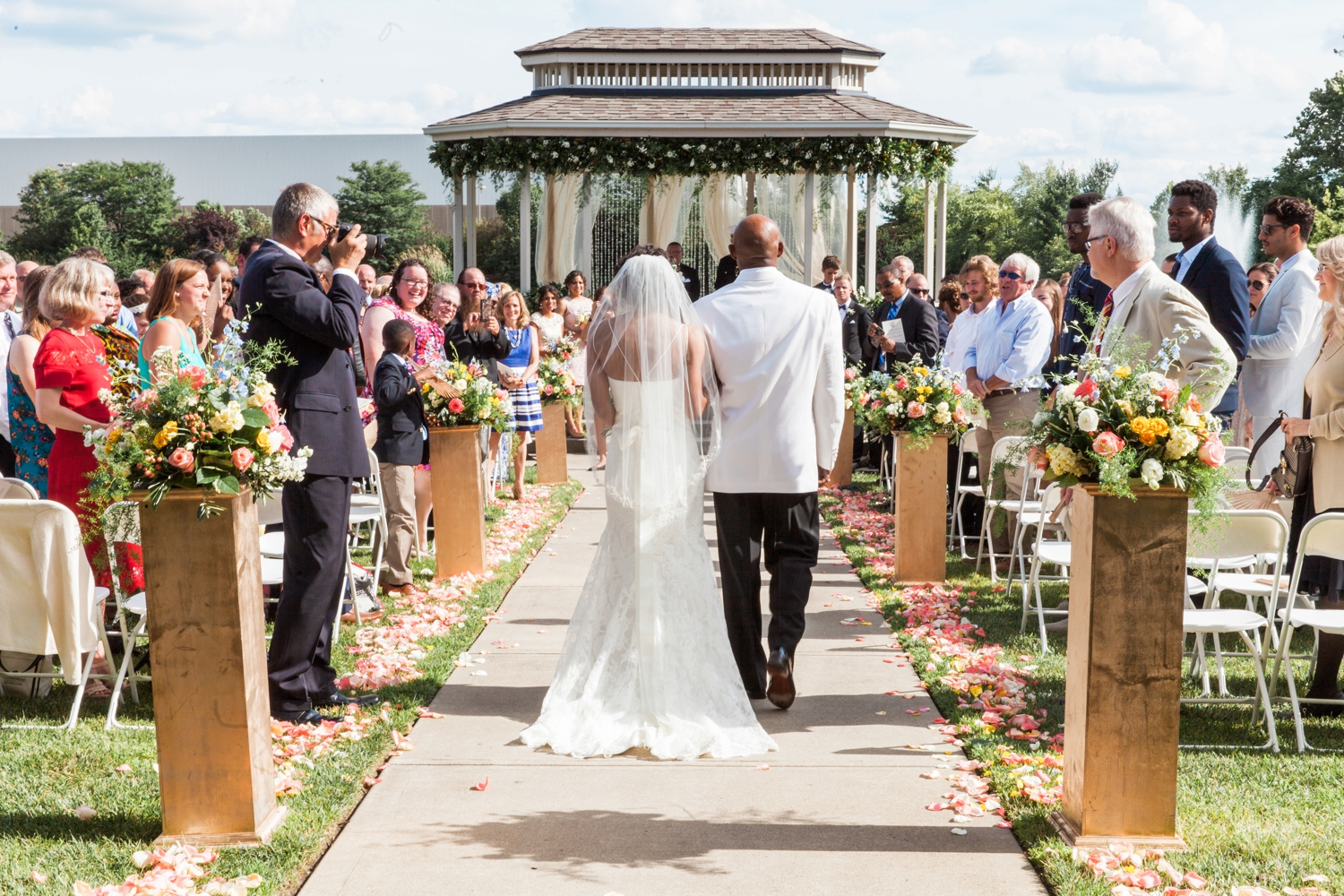 Wedding-at-The-Savannah-Center-West-Chester-Ohio-Photography-Chloe-Luka-Photography_7484.jpg