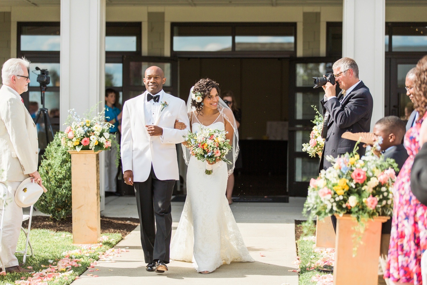 Wedding-at-The-Savannah-Center-West-Chester-Ohio-Photography-Chloe-Luka-Photography_7485.jpg