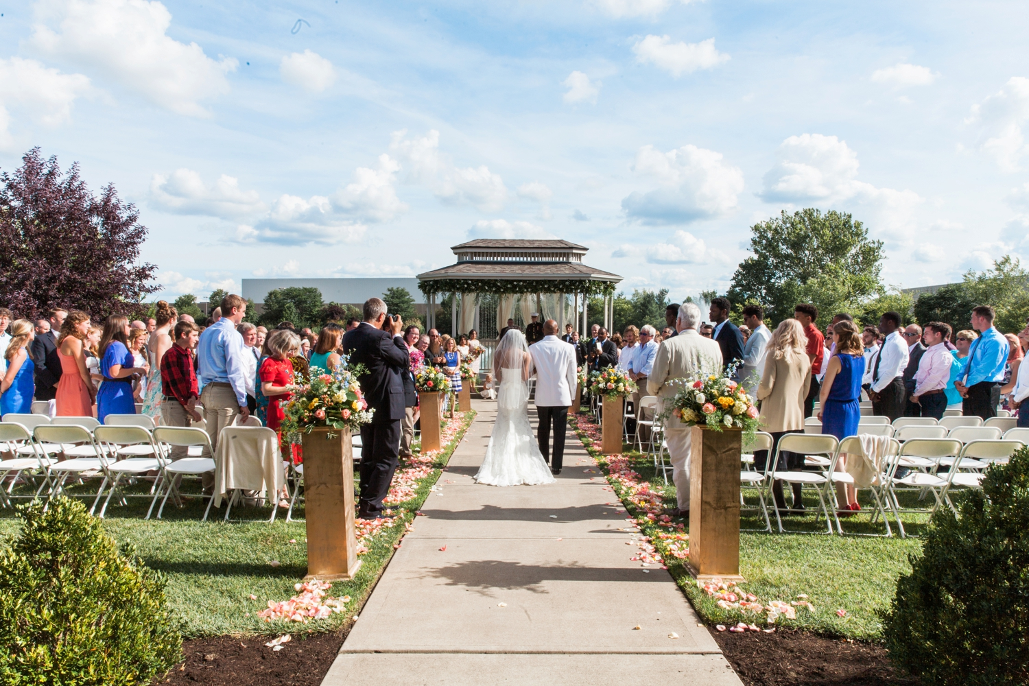 Wedding-at-The-Savannah-Center-West-Chester-Ohio-Photography-Chloe-Luka-Photography_7486.jpg