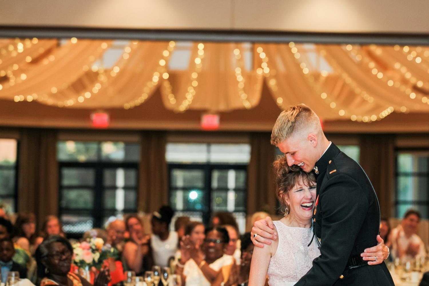 Wedding-at-The-Savannah-Center-West-Chester-Ohio-Photography-Chloe-Luka-Photography_7559.jpg