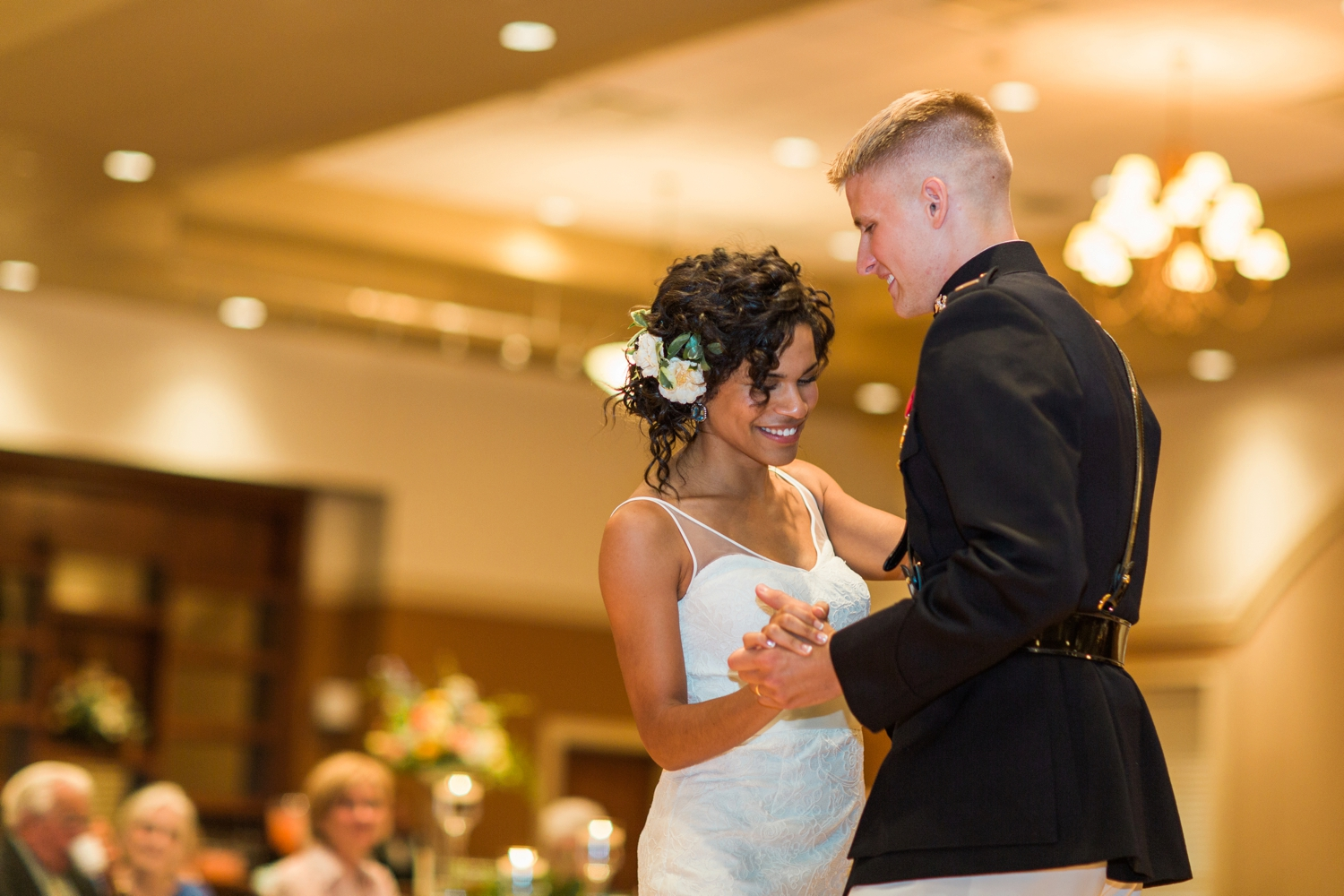 Wedding-at-The-Savannah-Center-West-Chester-Ohio-Photography-Chloe-Luka-Photography_7563.jpg