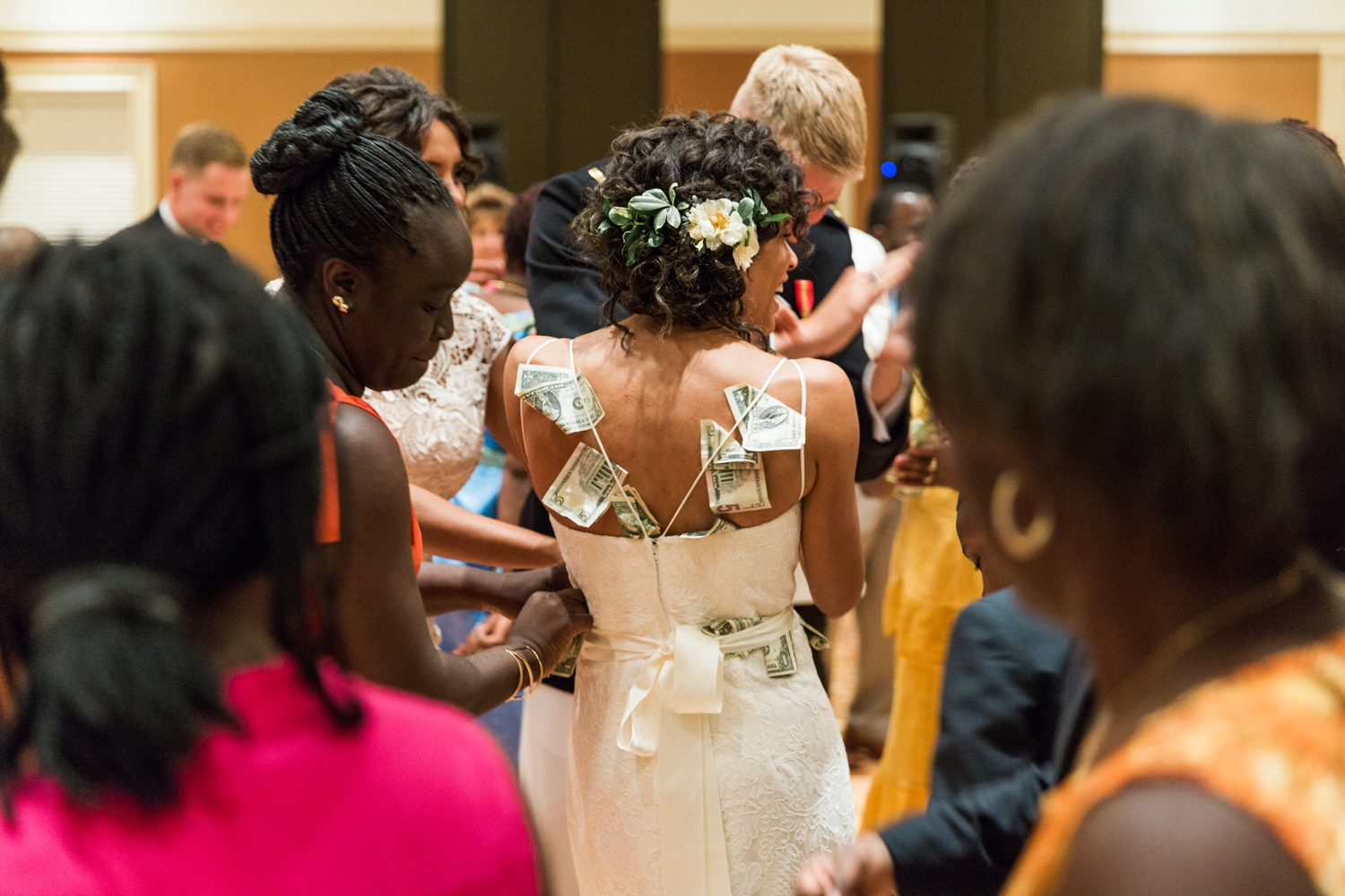 Wedding-at-The-Savannah-Center-West-Chester-Ohio-Photography-Chloe-Luka-Photography_7569.jpg