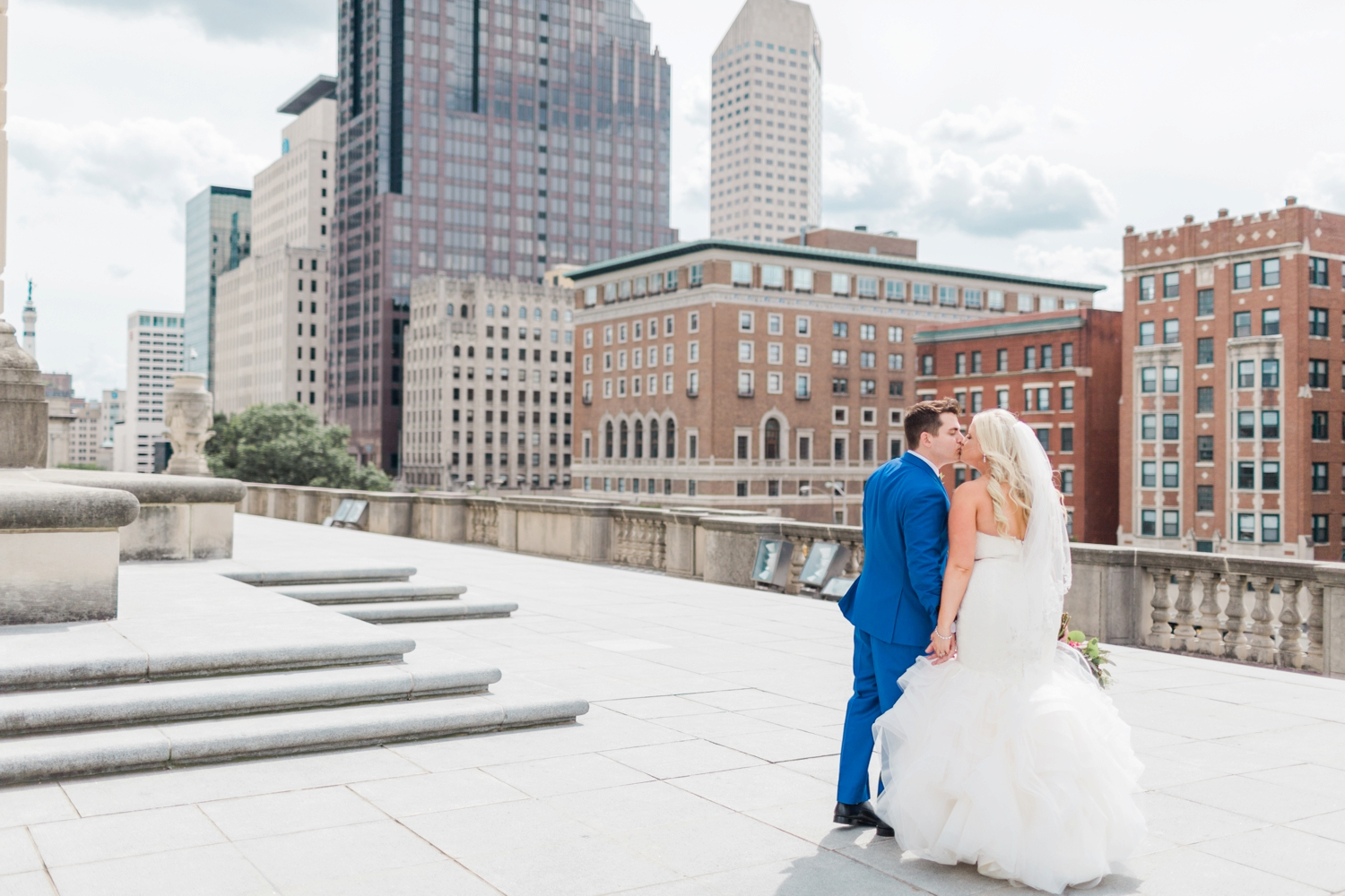 regions-tower-rooftop-wedding-downtown-indianapolis_0765.jpg