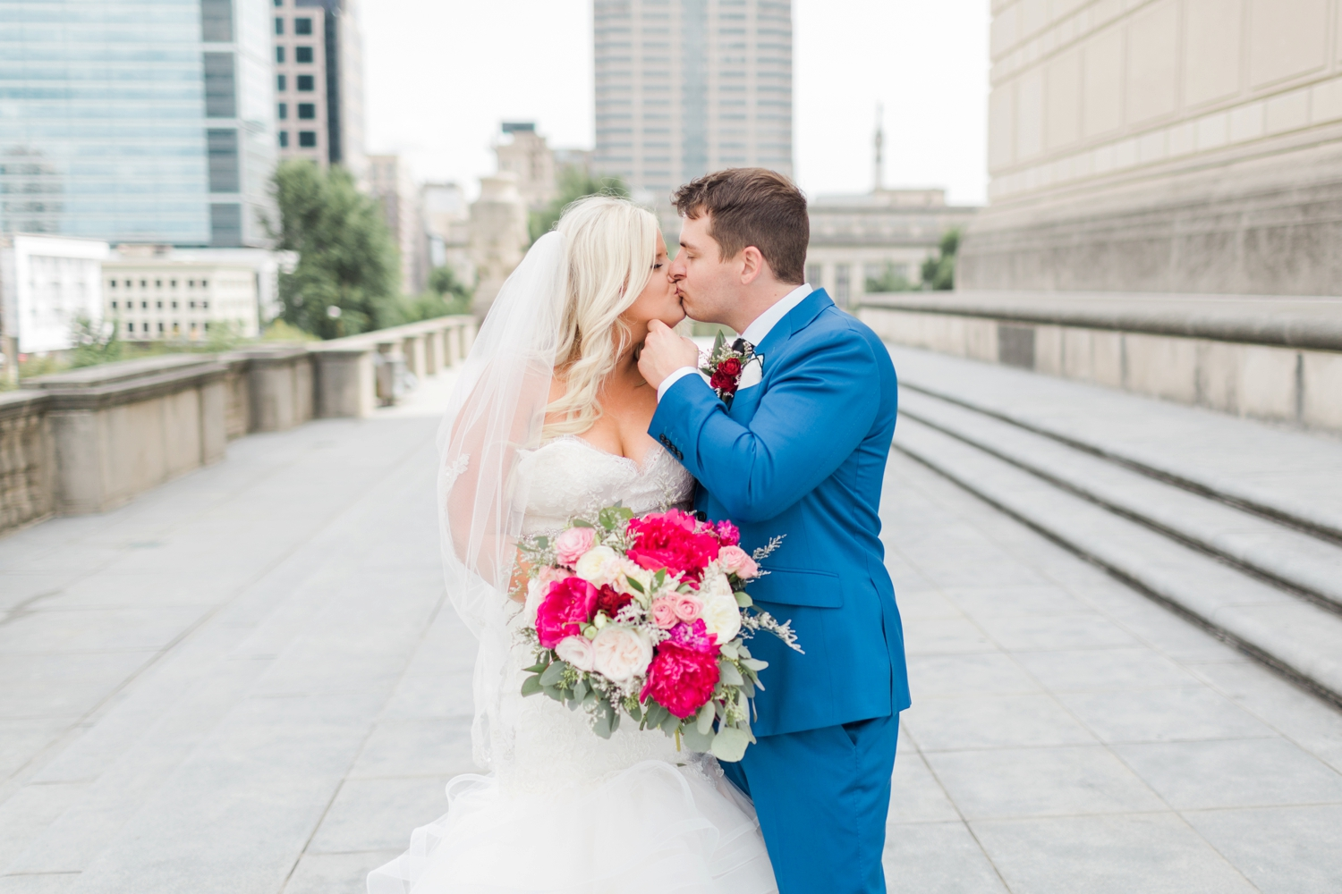 regions-tower-rooftop-wedding-downtown-indianapolis_0786.jpg
