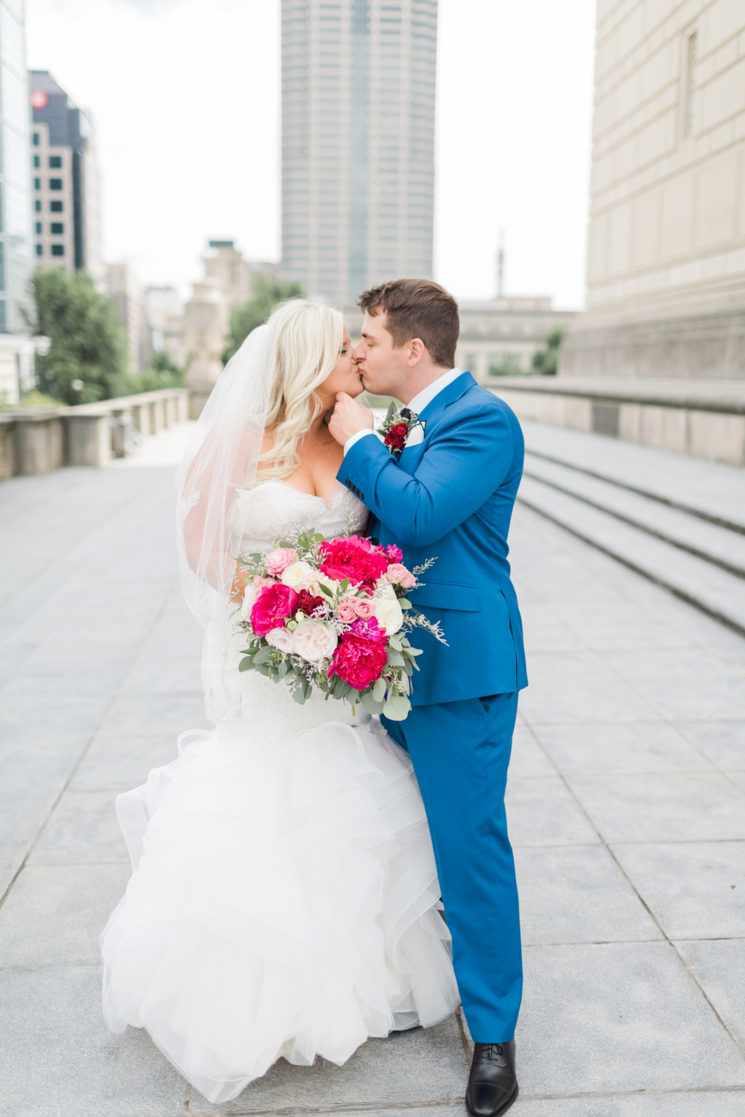 regions-tower-rooftop-wedding-downtown-indianapolis_0792.jpg