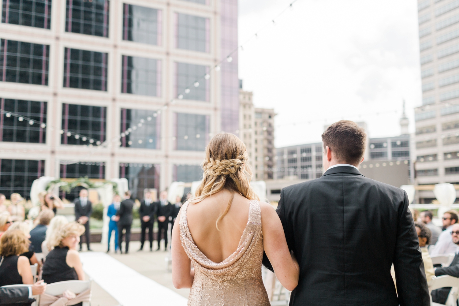 regions-tower-rooftop-wedding-downtown-indianapolis_0801.jpg