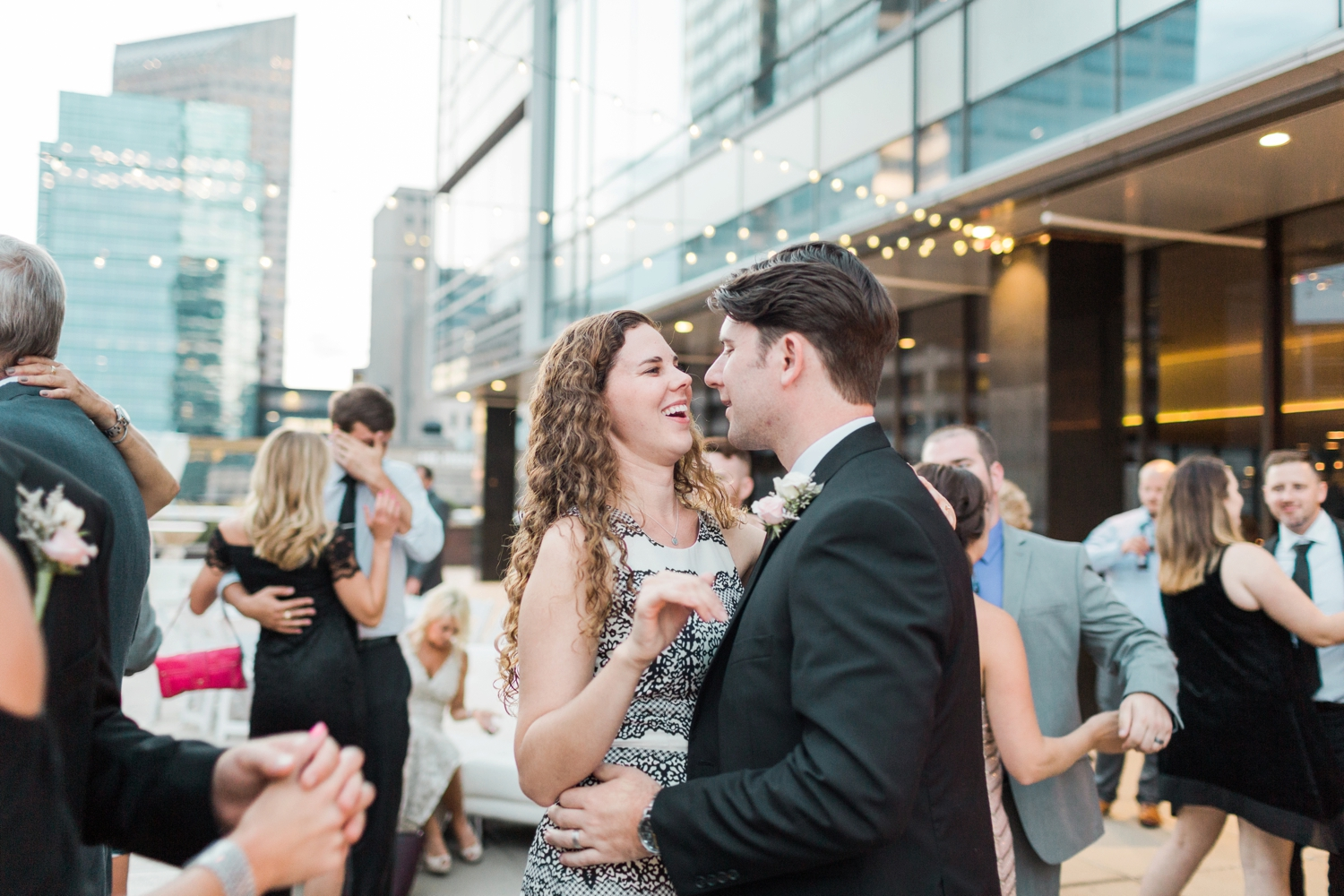regions-tower-rooftop-wedding-downtown-indianapolis_0868.jpg