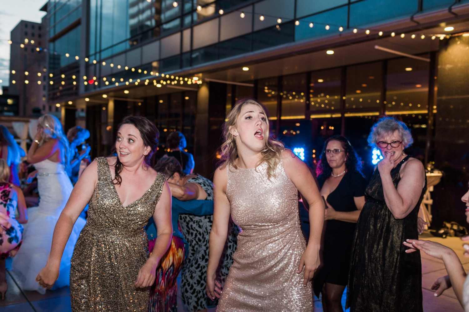 regions-tower-rooftop-wedding-downtown-indianapolis_0869.jpg