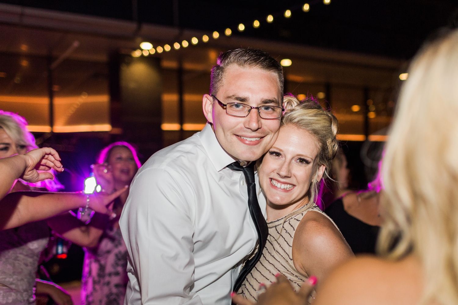 regions-tower-rooftop-wedding-downtown-indianapolis_0871.jpg