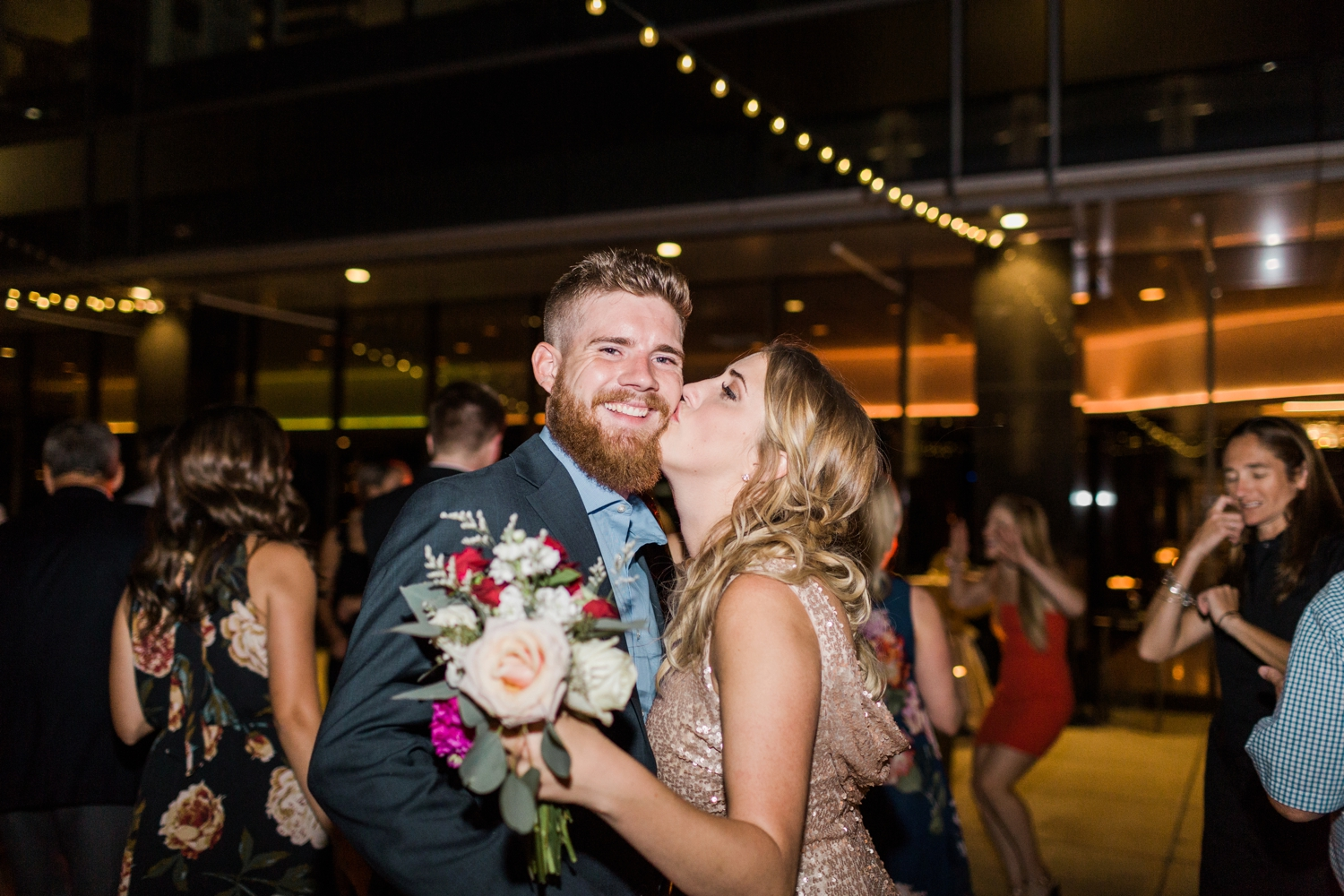 regions-tower-rooftop-wedding-downtown-indianapolis_0872.jpg