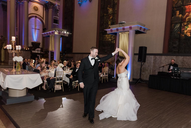 Bell-Event-Centre-wedding-photographer-Cincinnati-Ohio_1982.jpg
