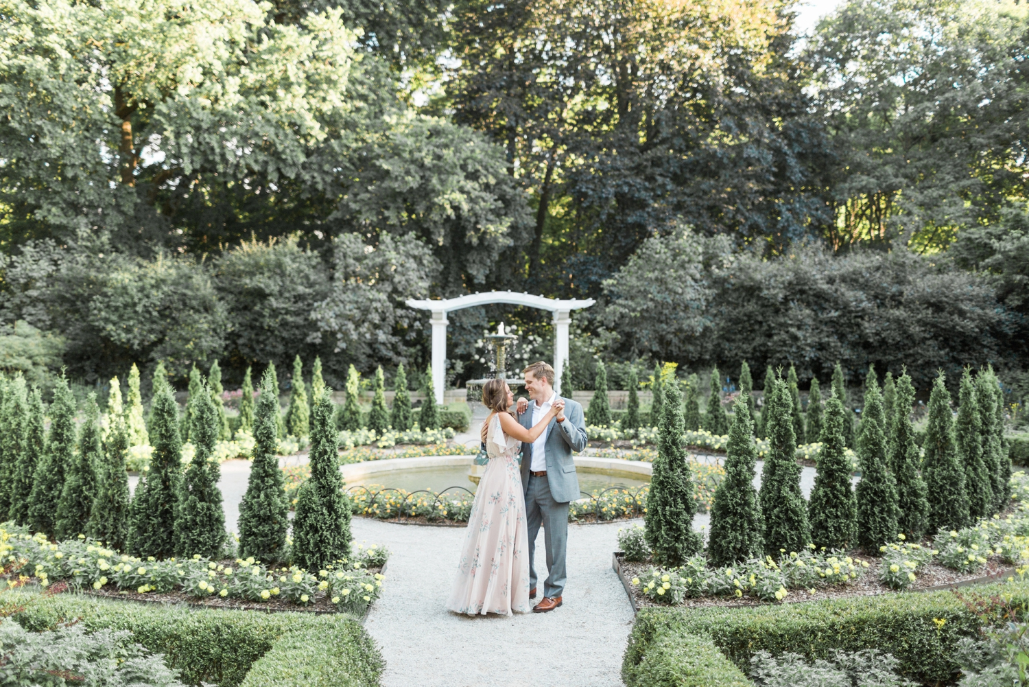 indianapolis-museum-of-art-newfields-engagement-photography-indianapolis_2703.jpg