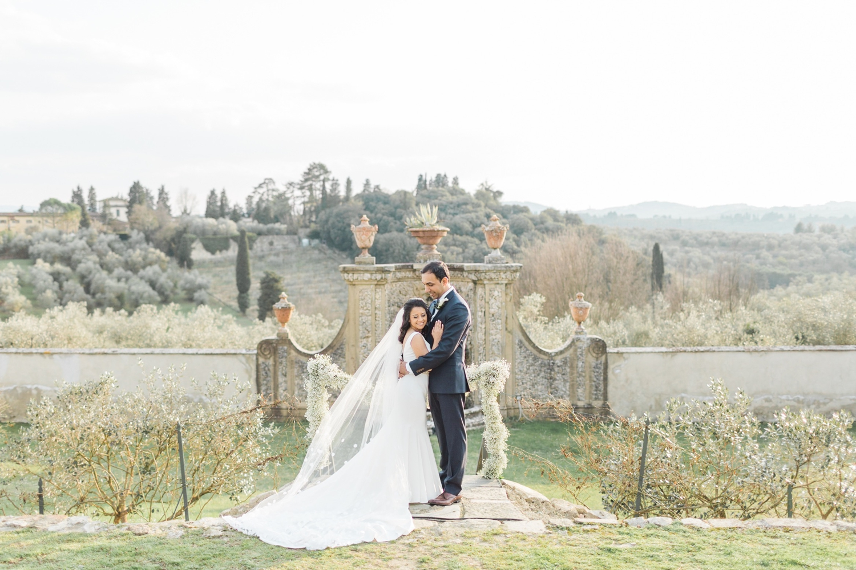 fine-art-film-florence-italy-wedding-photographer-villa-medicea-di-lilliano_3138.jpg