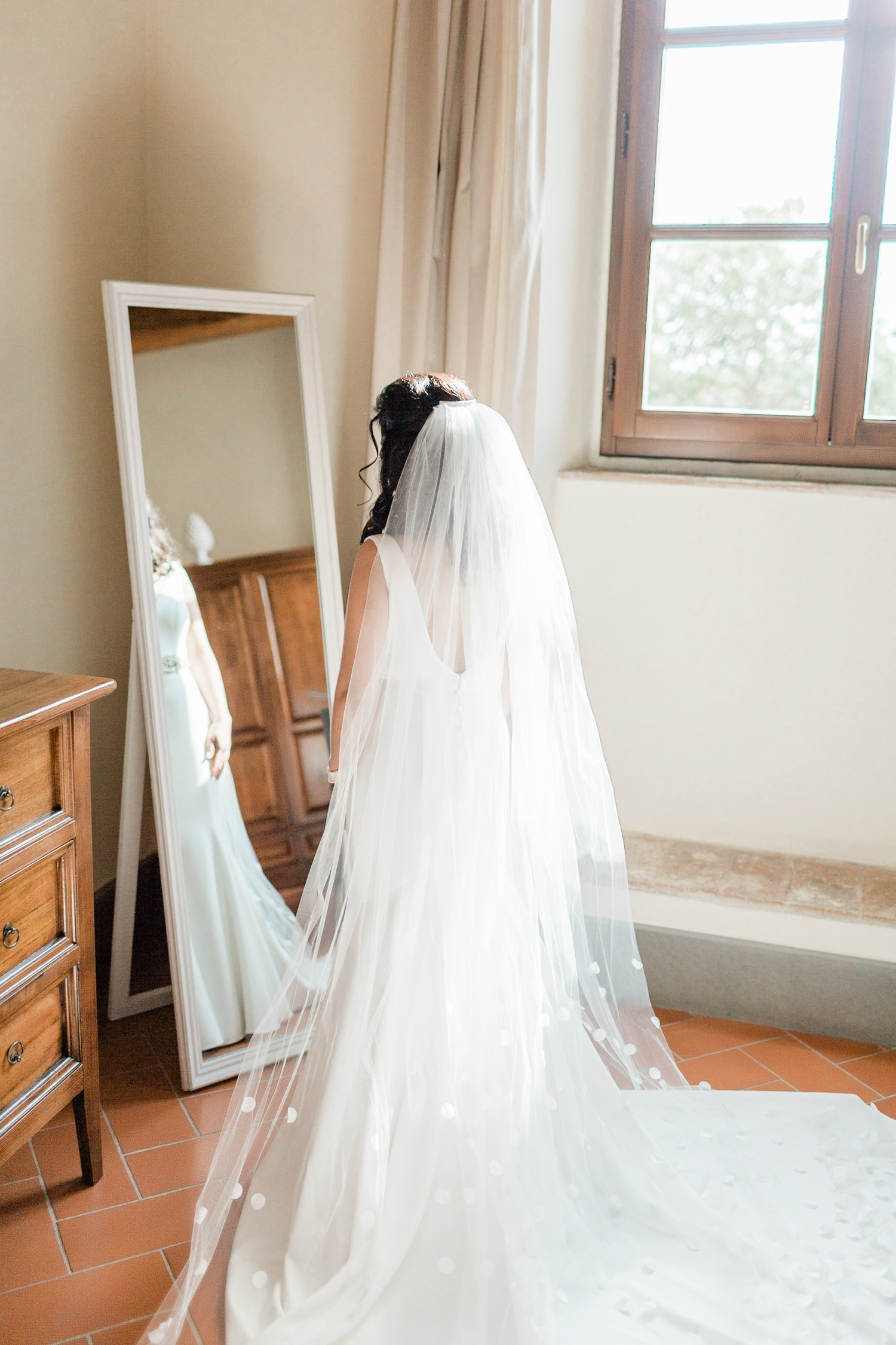 fine-art-film-florence-italy-wedding-photographer-villa-medicea-di-lilliano_3168.jpg