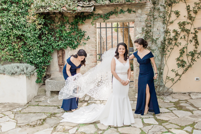 fine-art-film-florence-italy-wedding-photographer-villa-medicea-di-lilliano_3174.jpg