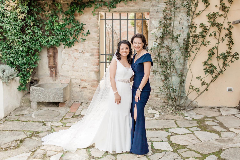 fine-art-film-florence-italy-wedding-photographer-villa-medicea-di-lilliano_3176.jpg