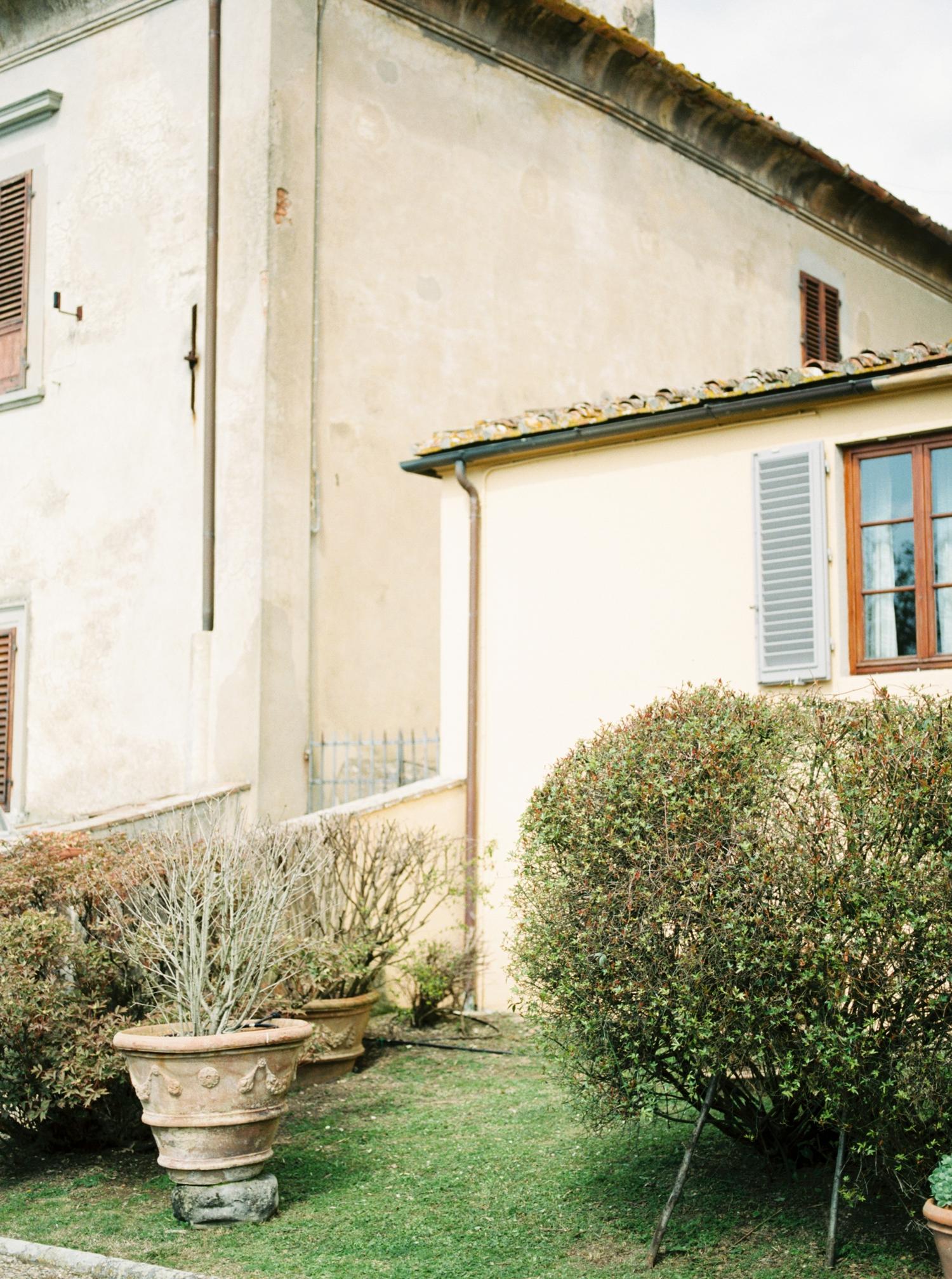 fine-art-film-florence-italy-wedding-photographer-villa-medicea-di-lilliano_3209.jpg