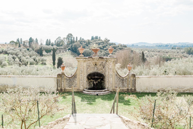 fine-art-film-florence-italy-wedding-photographer-villa-medicea-di-lilliano_3211.jpg