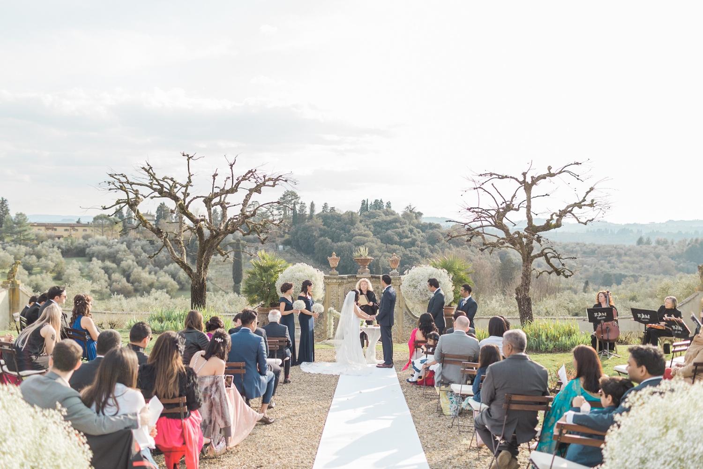 fine-art-film-florence-italy-wedding-photographer-villa-medicea-di-lilliano_3233.jpg