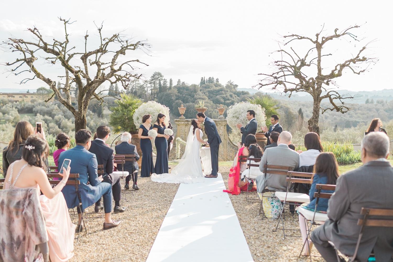fine-art-film-florence-italy-wedding-photographer-villa-medicea-di-lilliano_3238.jpg