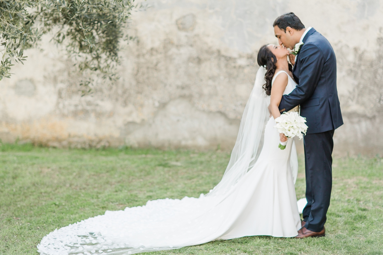 fine-art-film-florence-italy-wedding-photographer-villa-medicea-di-lilliano_3261.jpg